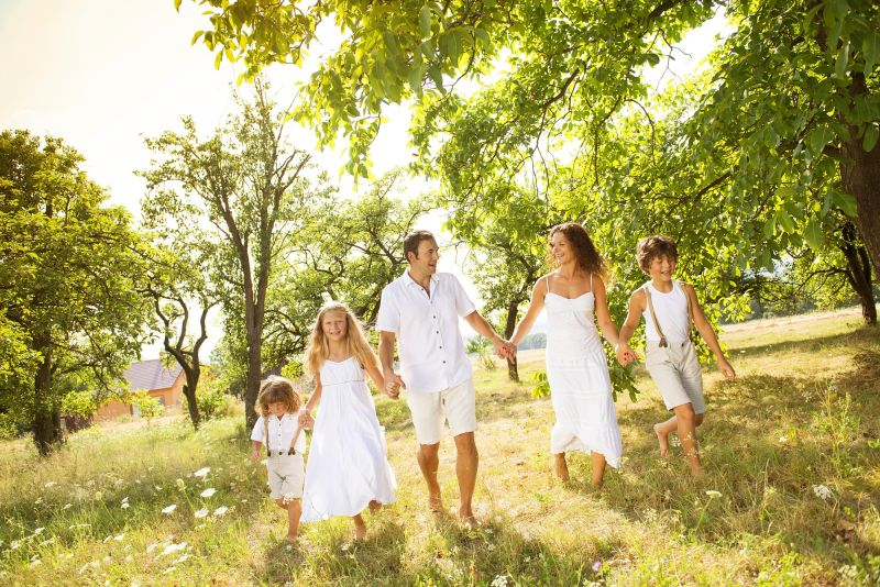 Happy family, outdoor photography, family of five